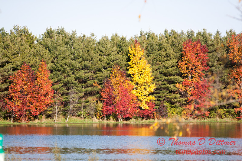 9 - 2014 Autumn colors on display at Evergreen Lake - Hudson Illinois