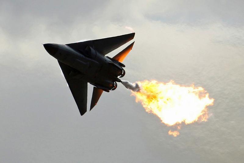 A8-142 F-111C RAAF 6Sq