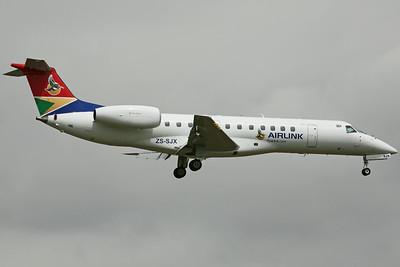 ZS-SJX ERJ-135ER SAAirlink