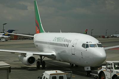 9J-JOY B737-200 Zambian Airways