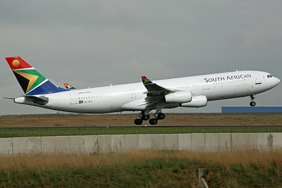 ZS-SLD A340-200 SAA
