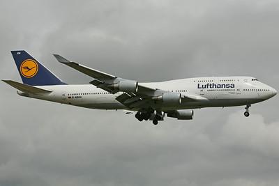 D-ABVN B747-400 Lufthansa