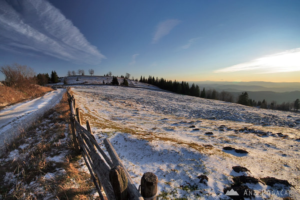 Hiking on Menina planina