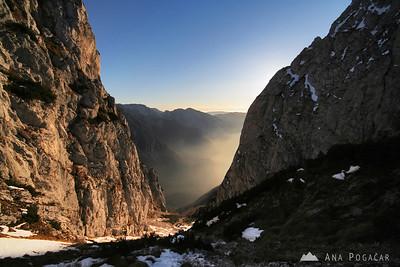 Climbing Grintovec - Nov 22, 2009