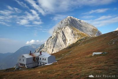 Climbing Mt. Brana - Sep 20, 2009