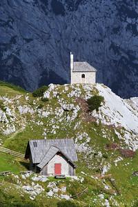 Hiking across the Kamnik Alps in 3 days (Kapelica sv. Cirila in Metoda)