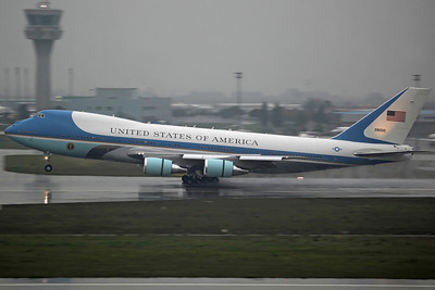 82-8000 VC-25A USAF PAS/89AW 'Air Force 1' Arriving from Ankara with President Obama on a state visit to Turkey (his first overseas visit)