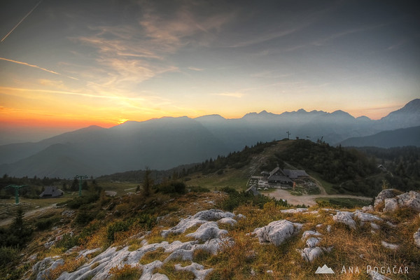 As I ran to the top, the sun just dipped behind Mt. Krvavec
