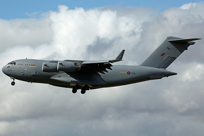 ZZ174 C-17A RAF 99SQ RRR6609 (Crew Training)