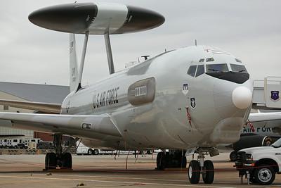 75-0560/OK E-3B USAF 960AACS/552ACW