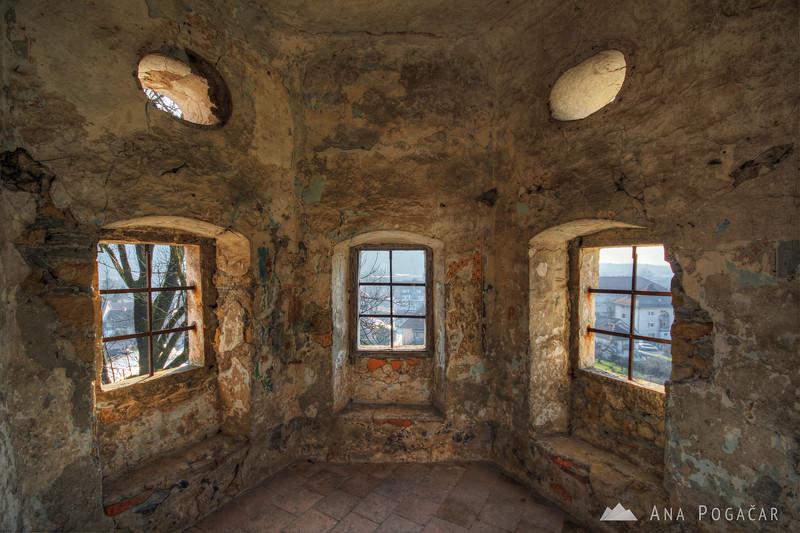 Zaprice castle
