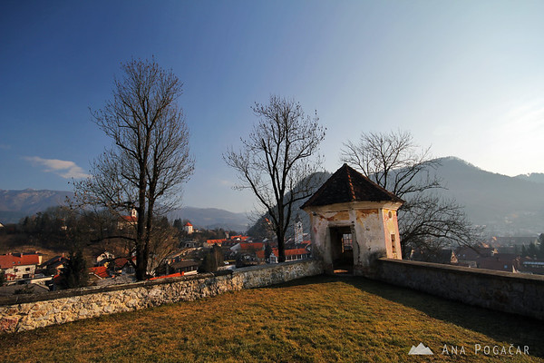Zaprice castle wall