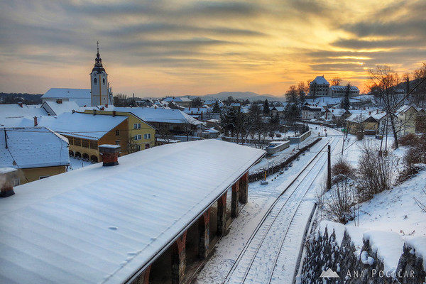 Kamnik train station and Zaprice Castle