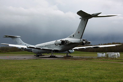 XV105/V VC-10 C1K RAF 101Sq. Arrived on 30/8/11 for scrapping. Bruntingthorpe 22/4/12.