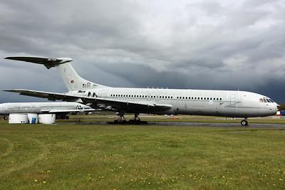 XV105/V VC-10 C1K RAF 101Sq. Arrived on 30/8/11 for scrapping. Bruntingthorpe 22/4/12.