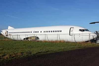N858WL B737-400 Willis Lease Finance Corp (Dismantled fuselage, arrived 16/11/11 for scrapping, ex KLM PH-BDW)