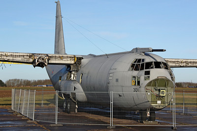 XV301 C-130 C.3P RAF (Arrived on 29/7/11 for stripping. Fuselage later moved to Air & Ground at Hixon on 18/2/13 for later auction)