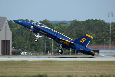 162437/5 F/A-18A US Navy 'Blue Angels'