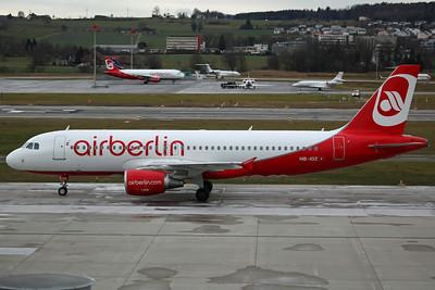 HB-IOZ A320-200 Belair/Air Berlin