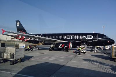 A6-EIB A320-200 Etihad. Special 'Formula 1 Etihad Abu Dhabi Grand Prix' colours.