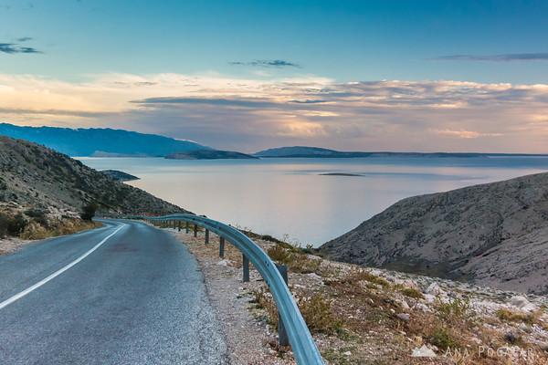 Driving towards Stara Baška