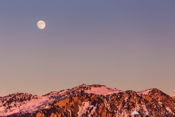 Full moon over Velika planina from Kamniški vrh hill
