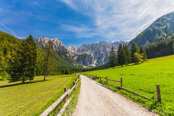 Start of the hike in the Jezersko valley. My first goal, Mt. Velika Baba, is on the left, and the central Kamnik Alps in the background.