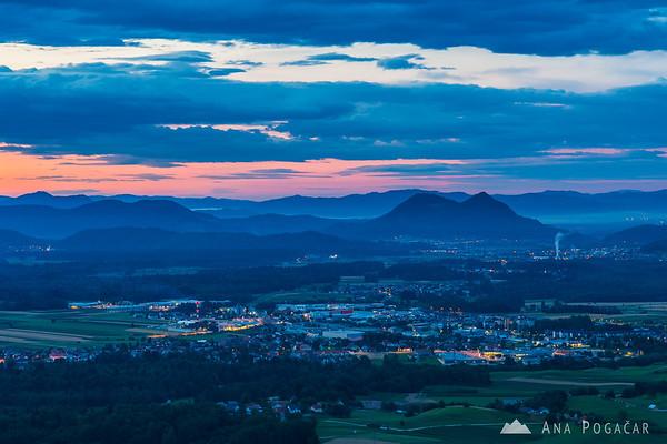 Before sunrise from Križna gora, looking towards Ljubljana and Šmarna gora