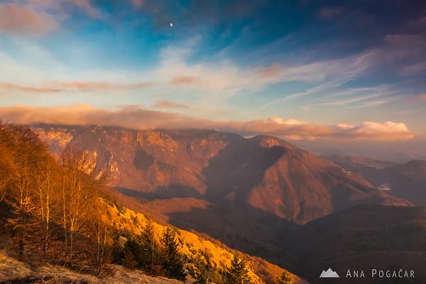 Velika planina from Kamniški vrh