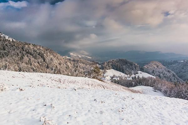 It looked better when I reached the plateau below Kamniški vrh.