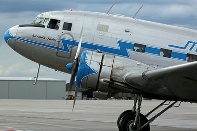 HA-LIX Li-2 Malev