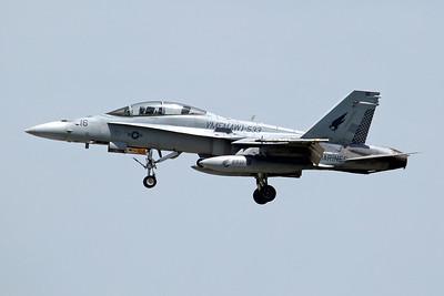 164959/(ED)16 F/A-18D USMC VMFA(AW)-533/MAG-31 'Hawks' (MCAS Beaufort)