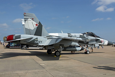 162861/04 F/A-18A+ US Navy VFC-12 'Fighting Omars' (NAS Oceana, reserve adversary unit). 'Arctic Splinter' camo.