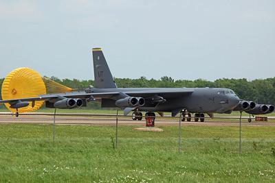 61-0014/MT B-52H USAF 69BS/5BW 'Knighthawks' (Minot AFB)