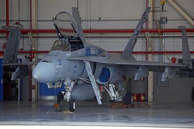 162409/MA-01 F/A-18A+ USMC VMFA-112 'Cowboys' (CAG Bird)