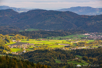 Views of Mekinje and Zduša from the slopes of Kamniški vrh.