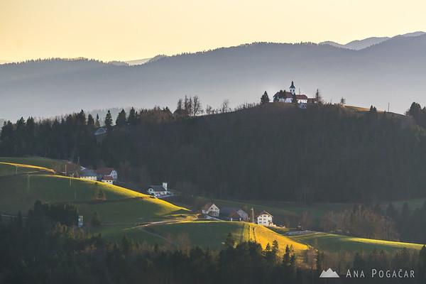 Vrh sv. Treh Kraljev as seen from Goli vrh