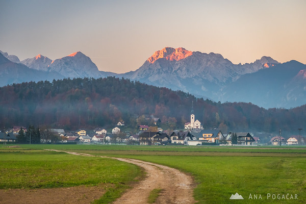 Last sun rays on the Kamnik Alps from the fields between Kamnik and Podgorje