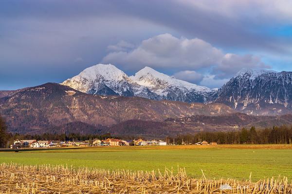 The Kamnik Alps (Mts. Kočna, Grintovec and Dolgi hrbet) from Šenčur