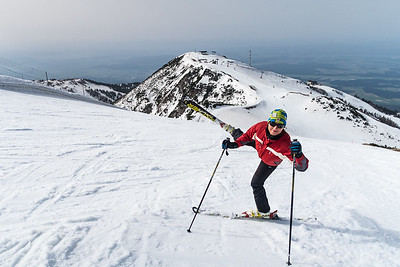 Ana skiing on Krvavec