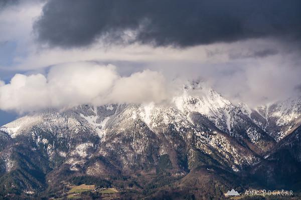 Views from Šmarjetna gora - Kamnik Alps