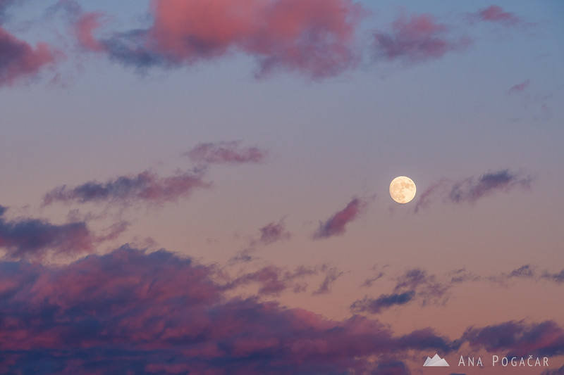 Full moon rising after sunset