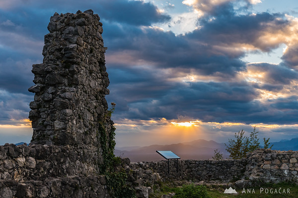 Dramatic afternoon light from Stari grad hill above Kamnik