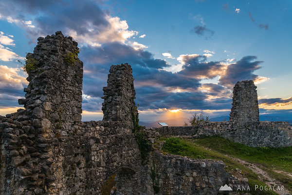Dramatic afternoon light from Stari grad hill above Kamnik