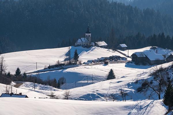 Village of Hlevni vrh