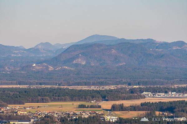Views from Šmarjetna gora towards Kamnik, Tunjice and Brnik