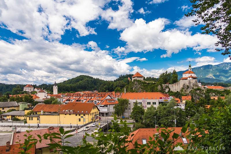 Kamnik from the trail to Stari grad