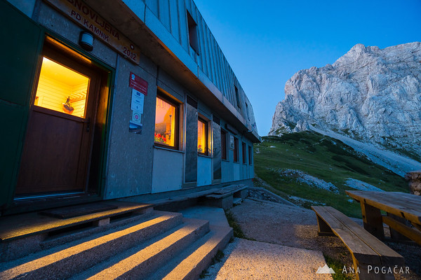 Kamnik Saddle Lodge and Mt. Planjava at dusk