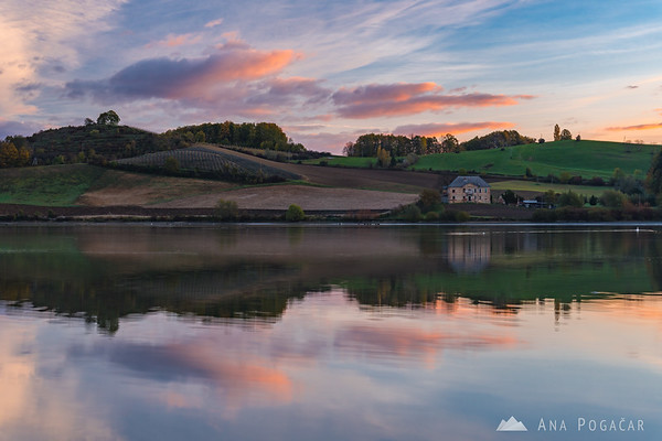 Lake Pernica in the early morning