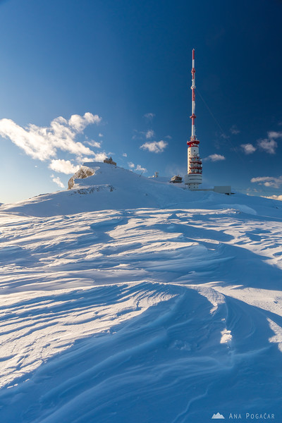 Below the summit of Mt. Dobratsch on a windy winter afternoon